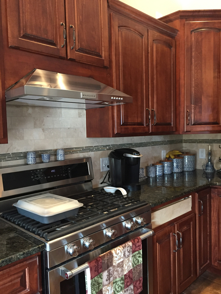 Custom Backsplash: Travertine