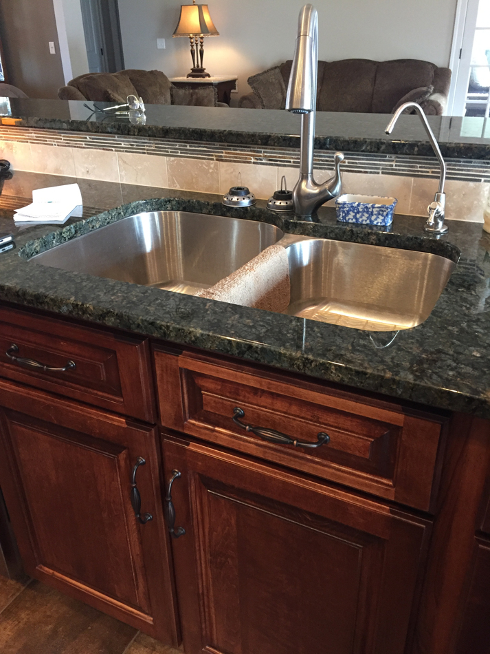 Granite Ccountertop: Verde Peacock