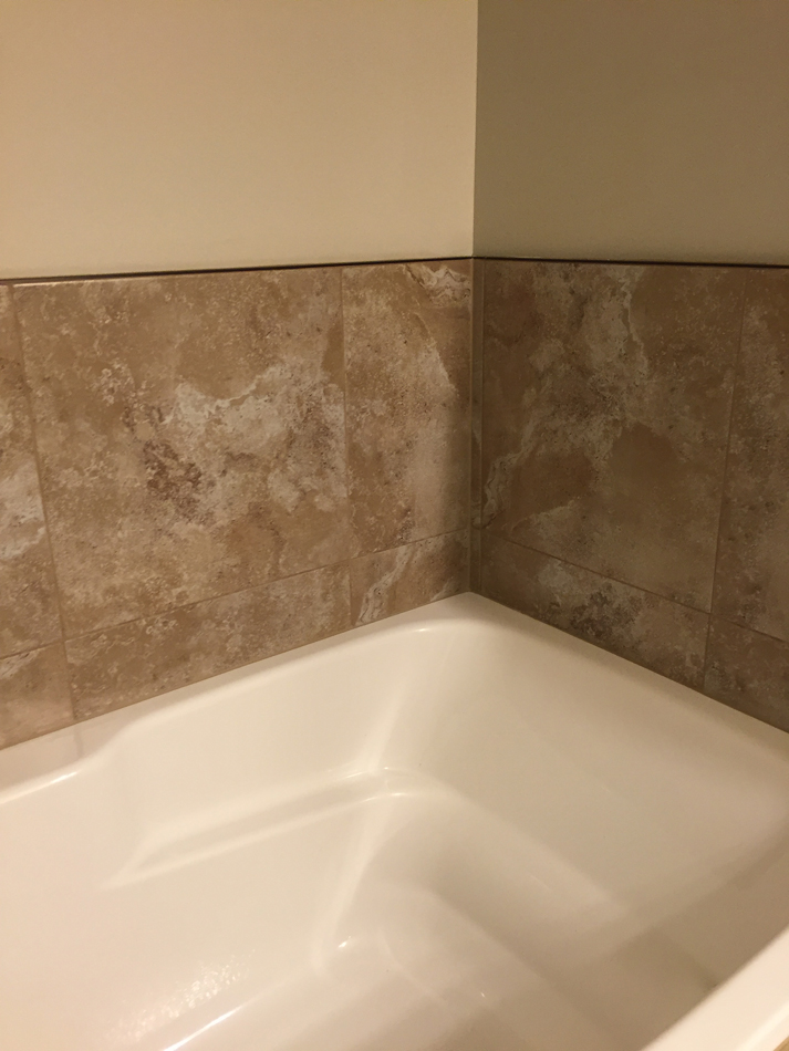 Bathroom: 18×18 tile backsplash